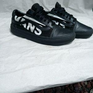 Vans shoes very unique!!!